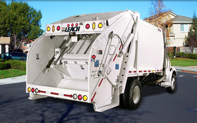 Leach Alpha III Rear Loader